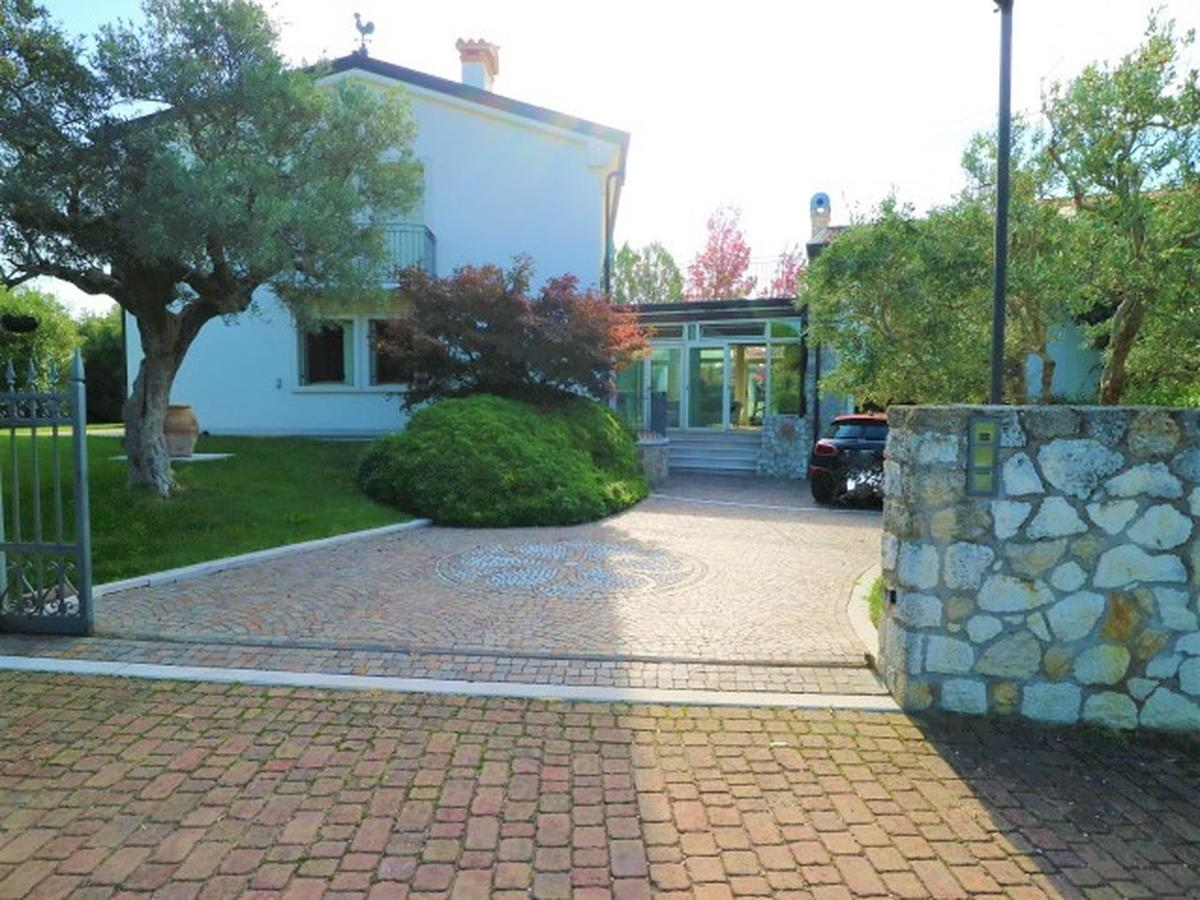 Villa Residenziali in vendita - 3
