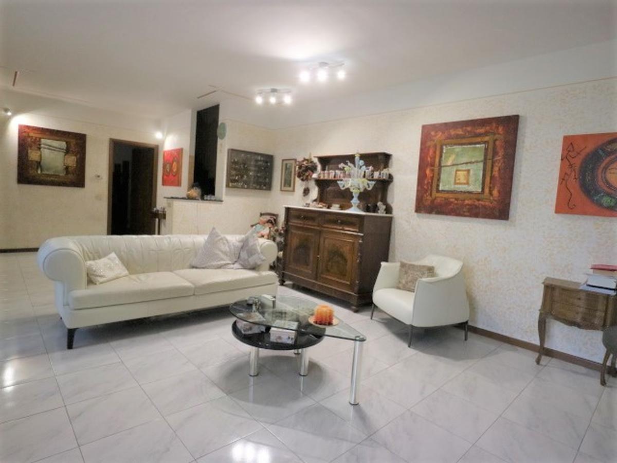 Villa a schiera centrale Residenziali in vendita - 2