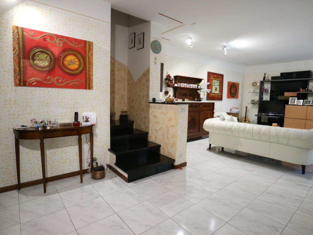 Villa a schiera centrale Residenziali in vendita - 3