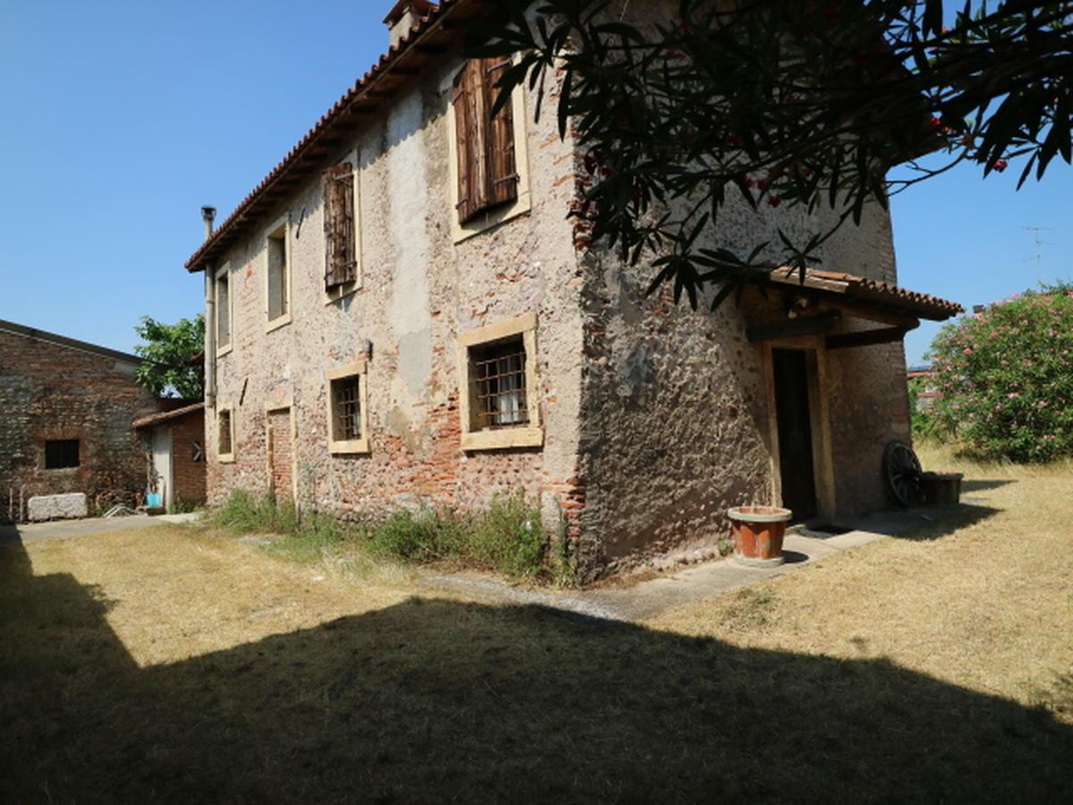 Rustico / Casale Residenziali in vendita - 12