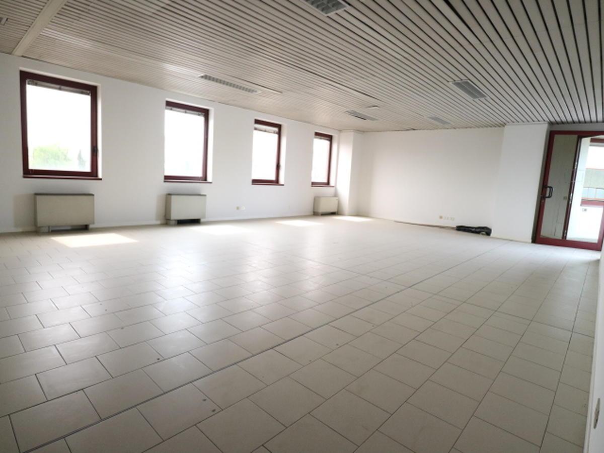 Ufficio Commerciali in vendita - 2