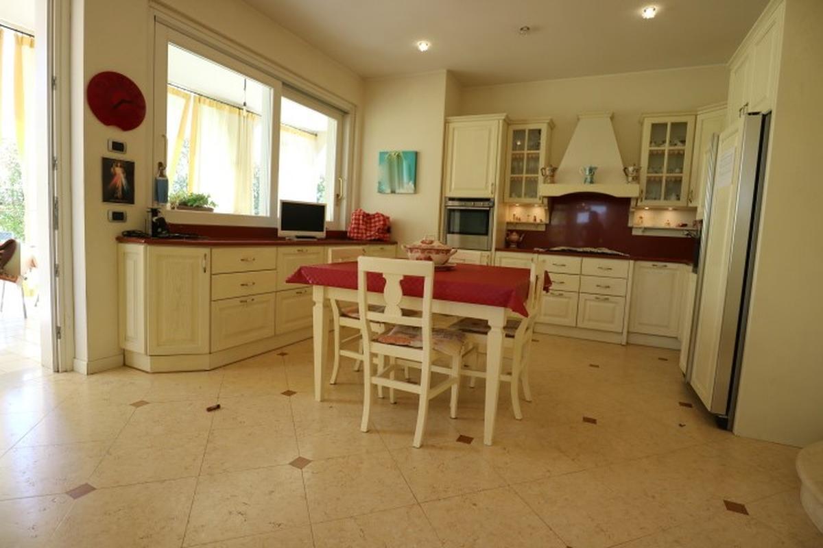 Villa Residenziali in vendita - 11