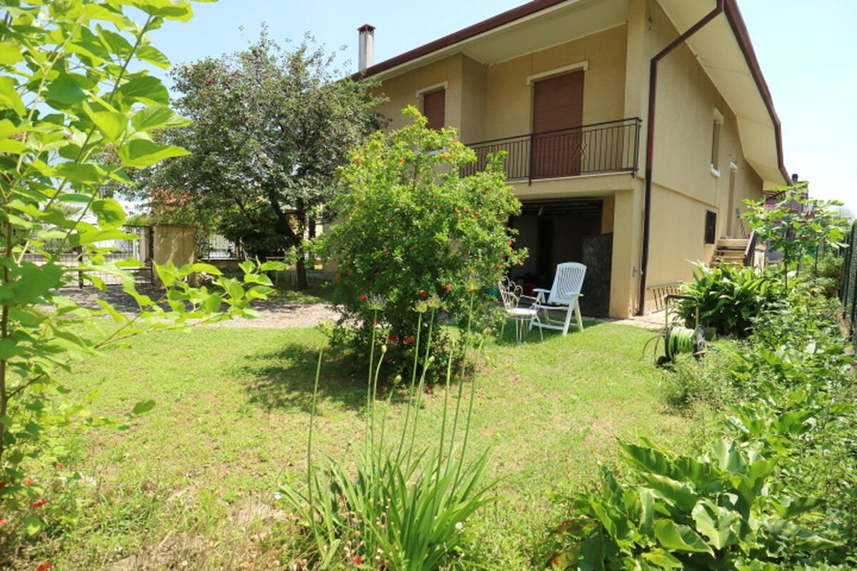 Villa Residenziali in vendita - 2